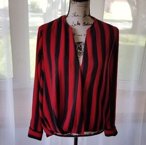 $15 Urban outfitters striped top sz M